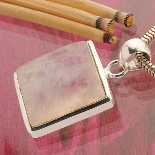 Regenbogenmondstein Silberanhaenger Quadarat 20x20mm