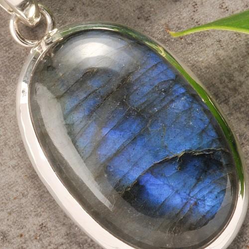 NEU !! blau schimmerndem Edelstein mod Mondstein Ring 925 Silber mit ovalem