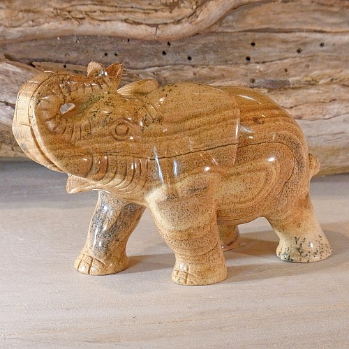 Edelsteinfigur Landschaftsjaspis Elefant