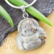 Picasso Jaspis Buddha Anhänger Klein