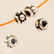 Oxidierte Silberperle flache Blüte