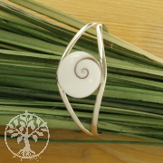 Silber Shiva-Armreif mit runder Muschel SHARM3