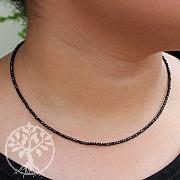Spinell Halskette facettiert 2MM Perlen