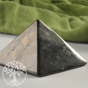 Shungite Gemstone Pyramid Shungite 30mm