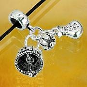 Silber Charm 925er Rohr Perle mit hängenden Geld-Beuteln mit Blumen und Katze Glocke.