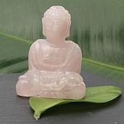 Rosenquarz Buddha 002 55x40x30mm