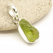 Peridot Pendant Facetted Sterlingsilver 925 17x9mm