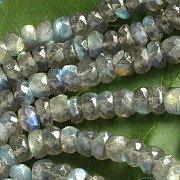 Labradorite faceted beads A ca.10-12mm 40cm