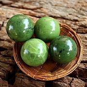 Jade Kugel Steinkugel Echte Nephrit Jade 20mm