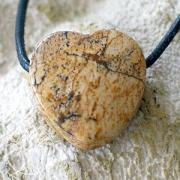 Herz aus Landschafts-Jaspis Poliert A