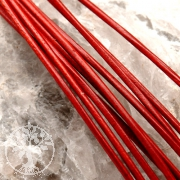 Leather ribbon goat 1,5 mm red