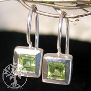 Earrings Peridote faceted
