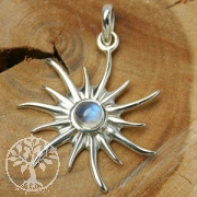 Silver Pendant Sun with Moonstone small