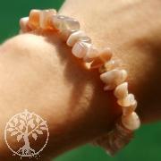 Mondstein Armband mit gerundeten Steinchen AA