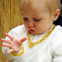 Bernstein_Babykette_KAT2.jpg